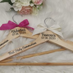 Natural – Personalised Wooden Hangers